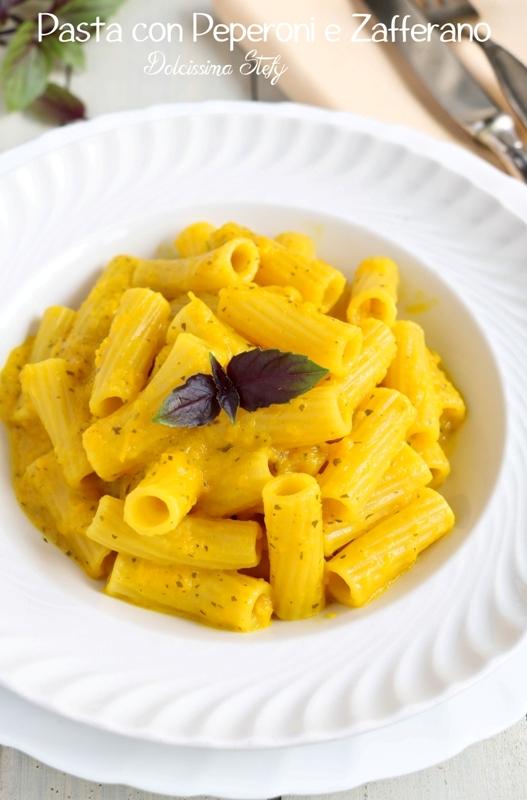 Pasta con Crema di Peperoni e Zafferano