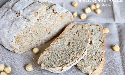 Pane di Segale e Nocciole