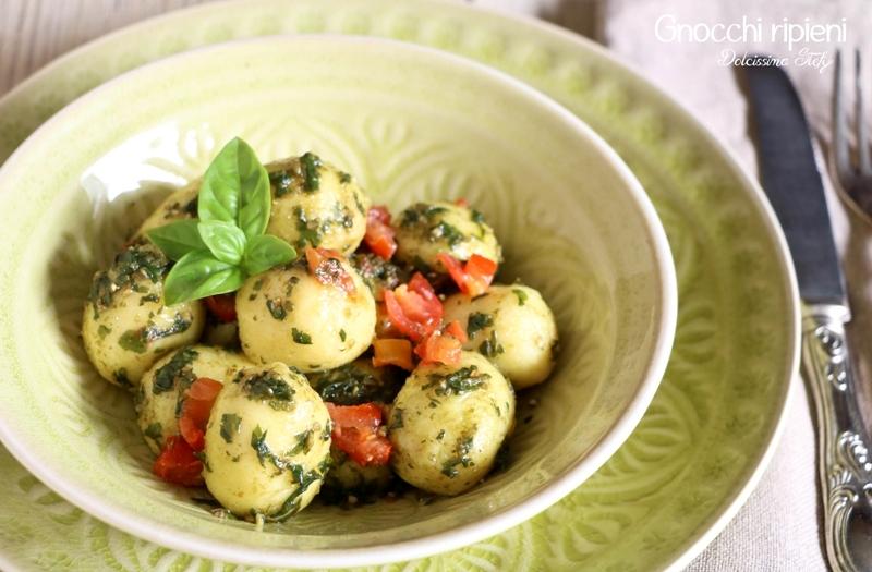 Gnocchi ripieni di Mozzarella e Pomodoro