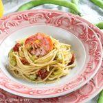 Spaghetti al Limone con Gamberi e Fave