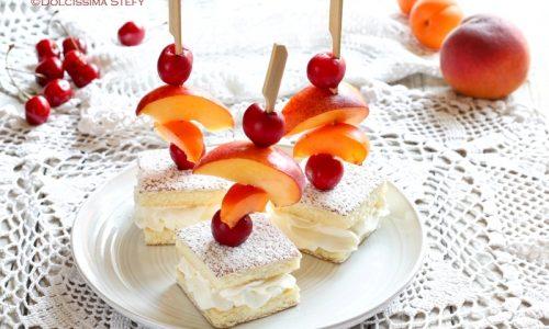 Spiedini di Torta e Frutta fresca