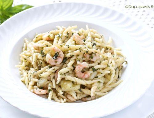 Trofie al Pesto e Gamberetti
