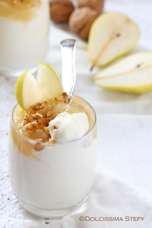 Mousse di Yogurt, Pere e Noci