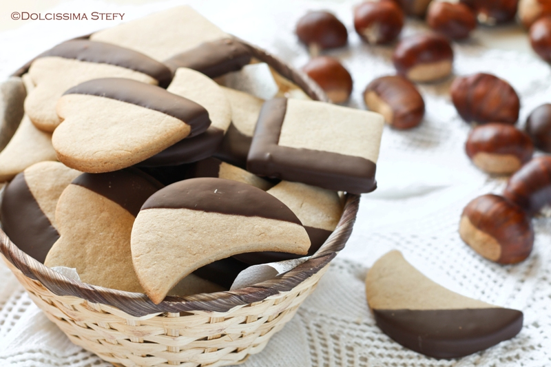 Biscotti di Castagne e Cioccolato