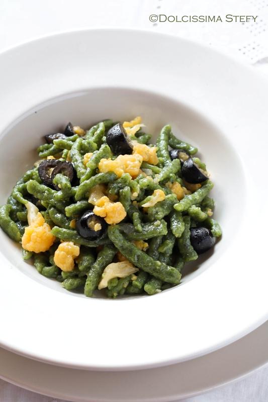 Spatzle con Cavolfiore, Olive e Cipolle