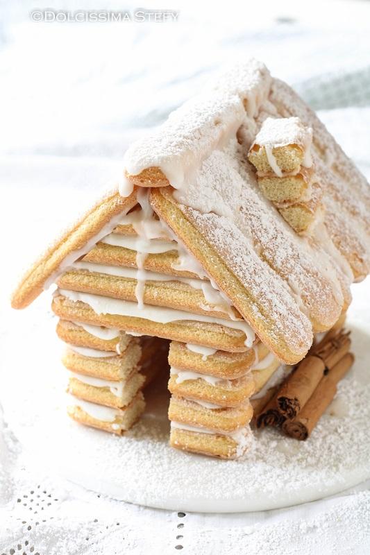 Casetta di Biscotti savoiardi di Natale