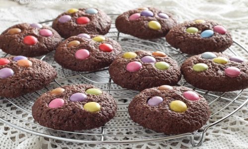 Smarties Cookies al Cacao