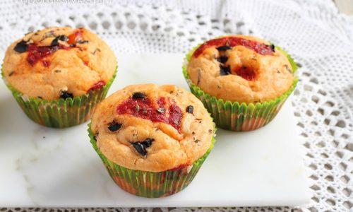 Muffin salati Pomodorini e Olive
