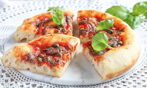 Pizza Capperi e Acciughe