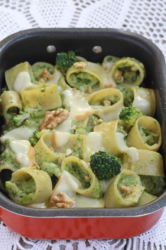 Pasta al forno con Broccoli e Provola