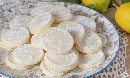 Lemon meltaways, biscotti al limone