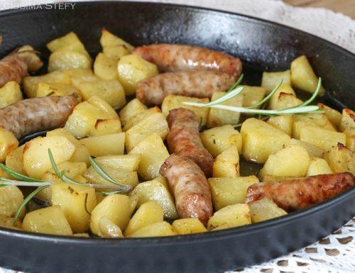 Patate e Salsicce al forno