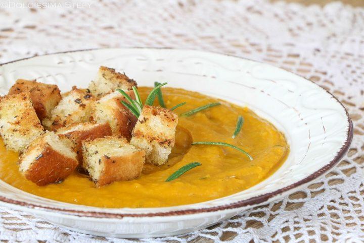 Crema di Zucca con pane croccante