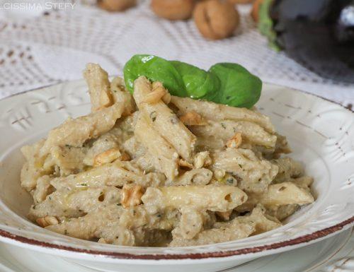 Pasta Melanzane e Noci cremosa