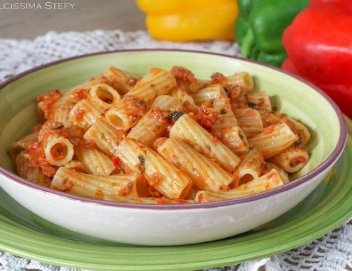 Pasta con Pesto di Peperoni
