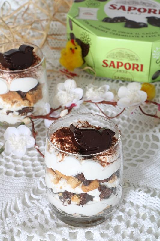 Crema di ricotta con cioccolato e biscotti