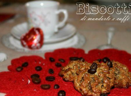 Biscotti di mandorle e caffè