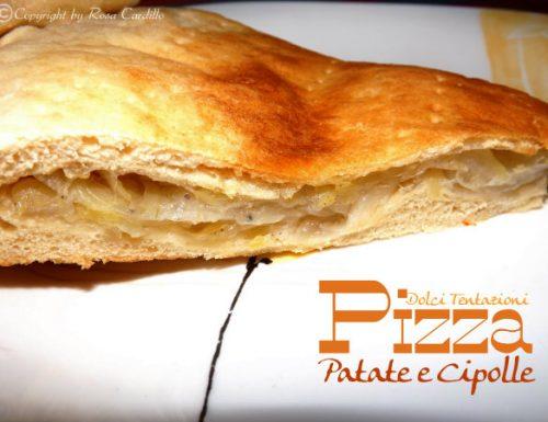 Pizza patate e cipolle