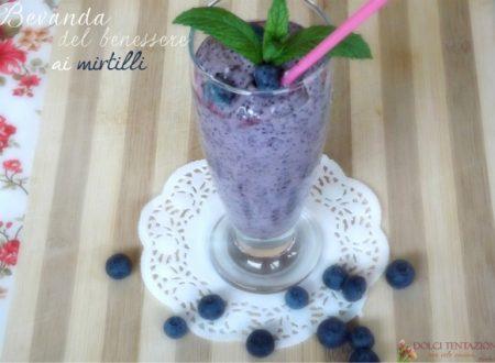 Bevanda del benessere ai mirtilli