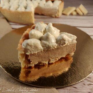 Crostata moderna con bavarese alla nocciola e namelaka al cioccolato bianco 5