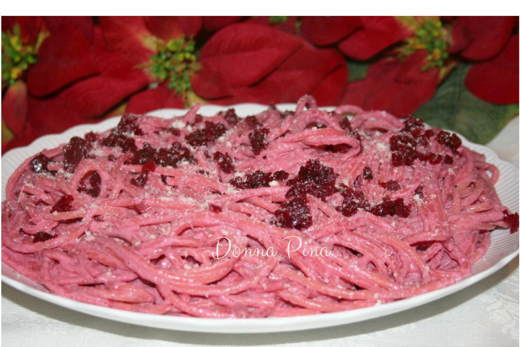 Bucatini alle rape rosse per il pranzo di Natale