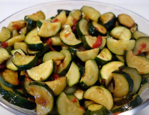 Zucchine al pomodoro: contorno veloce e leggero