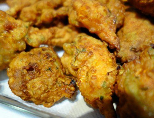 Frittelle con fiori di zucca: finger food soffice e fragrante