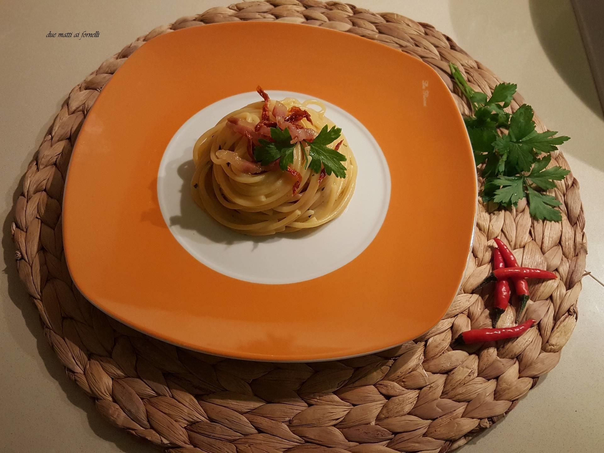 Spaghetti alla Roberto con i pomodori secchi