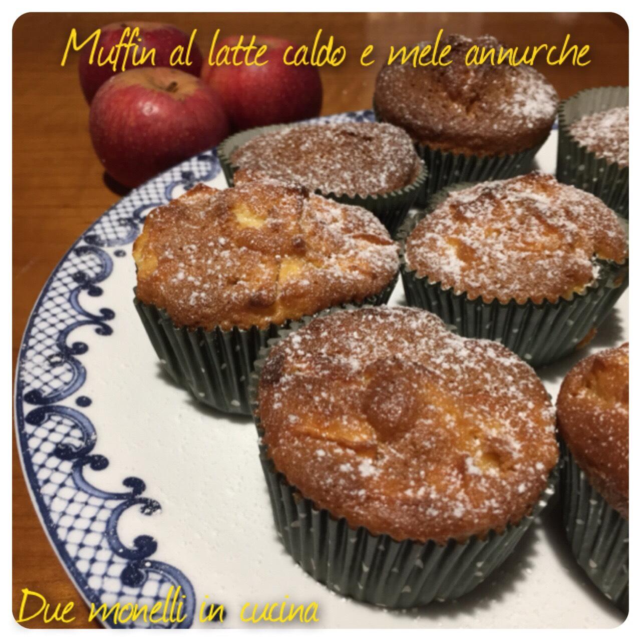 Muffin dolci al latte caldo e mele annurche