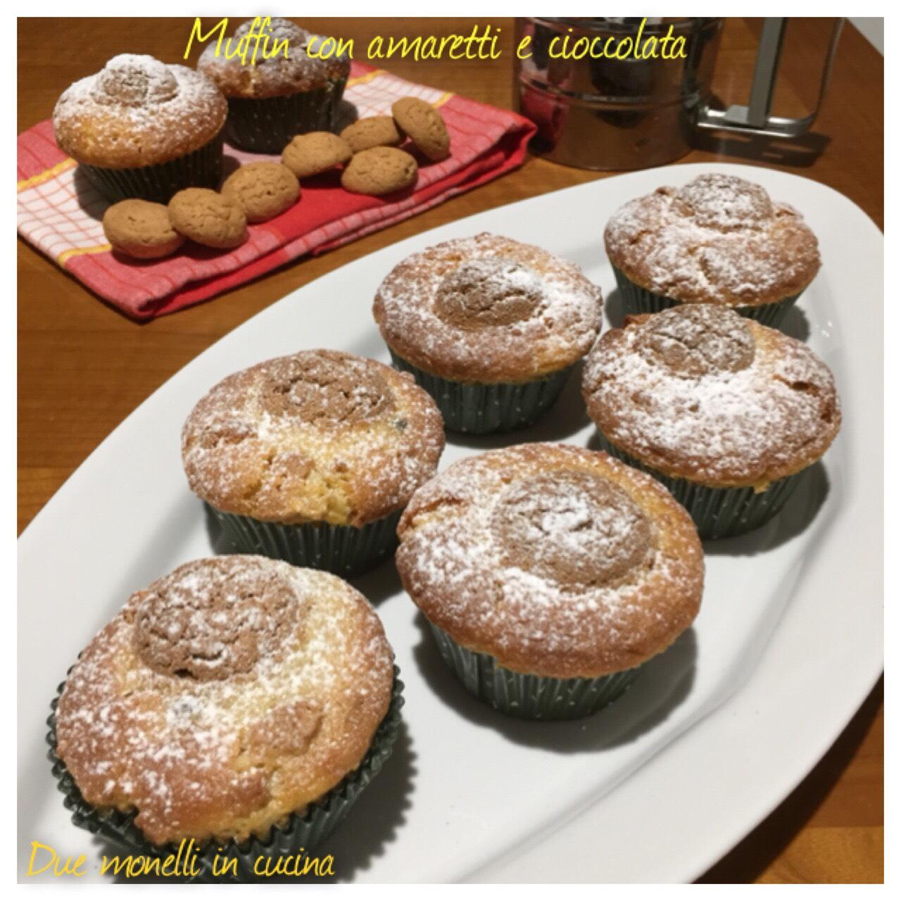 Muffin con amaretti e cioccolata