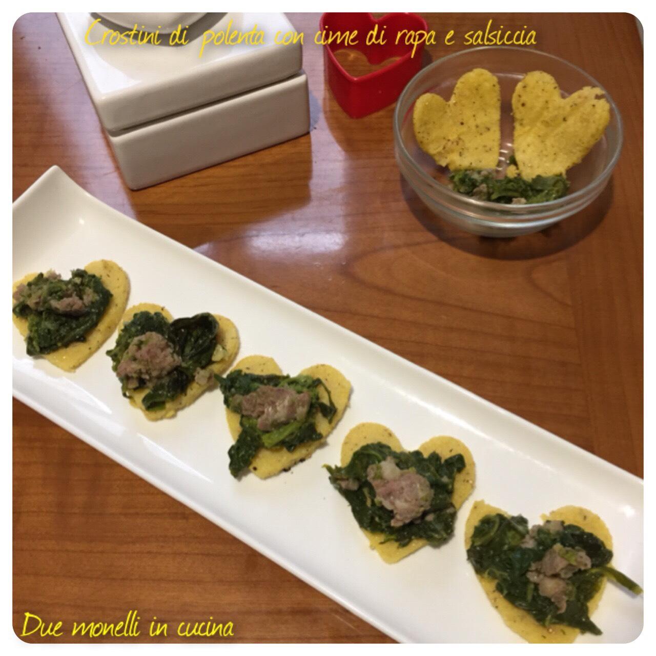 Crostini di polenta con cime di rapa e salsiccia