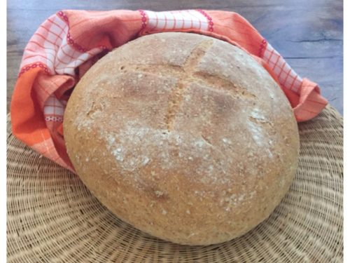 Pane fatto in casa con farina integrale