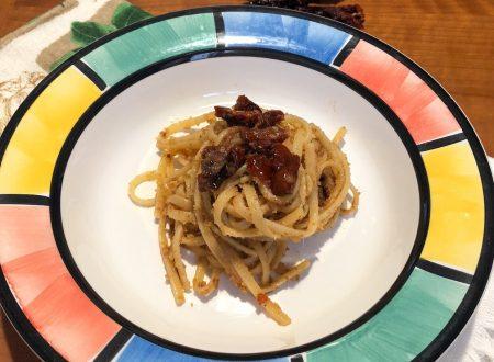 Pasta pomodori secchi alici e pangrattato