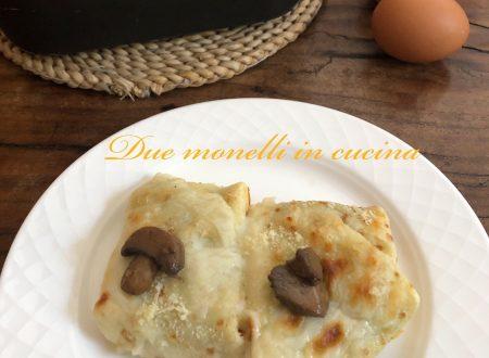 Crepes con funghi e crema al parmigiano