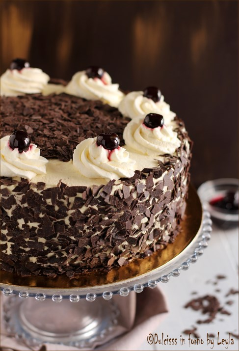 Torta foresta nera ricetta infallibile dulcisss in forno - Colorazione pagina della torta di compleanno ...
