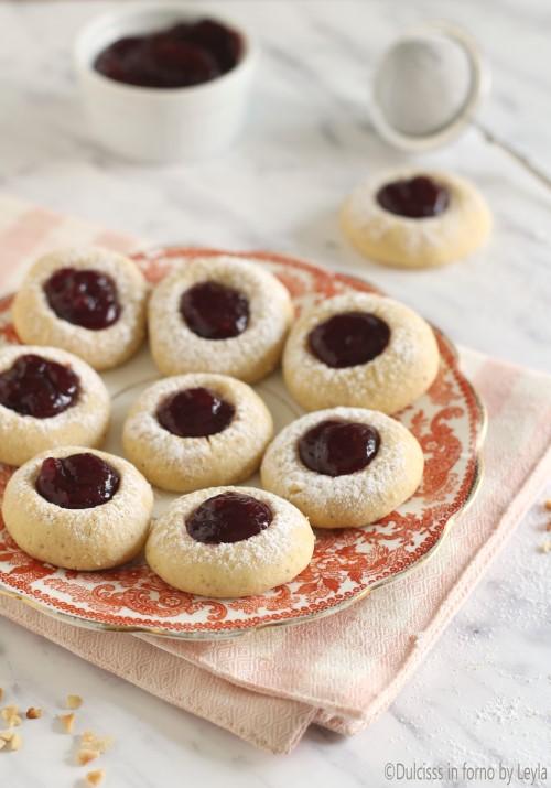 Biscotti alla marmellata e nocciole tirolesi: gli Ussari ricetta Dulcisss in forno by Leyla