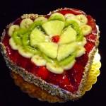 Torta alla frutta, ricetta classica e fresca con la gelatina Torta di frutta Dulcisss in forno
