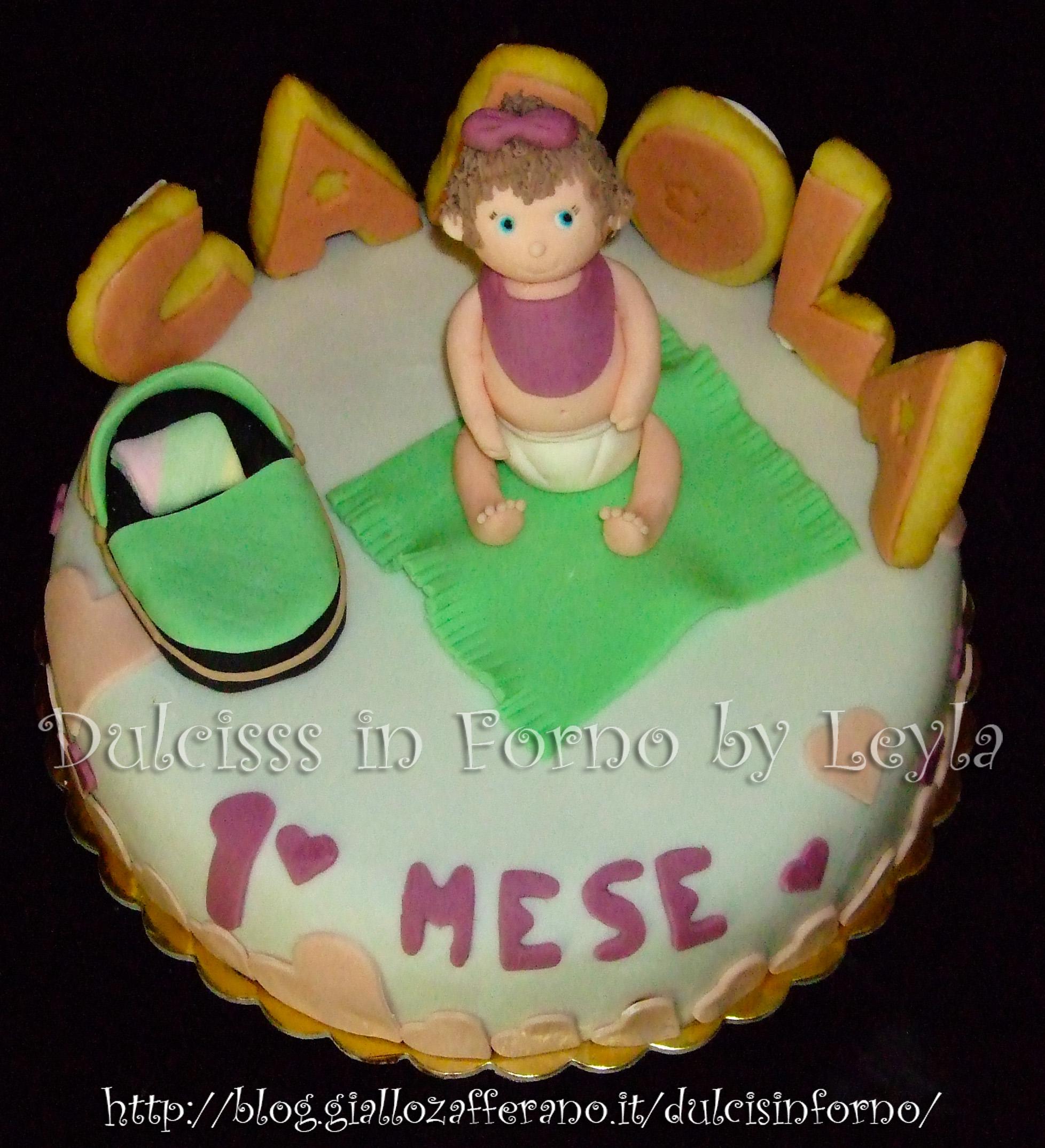 Torta Baby Carola, decorata in pasta di zucchero torta per battesimo torta di compleanno bambina 3D bimba PDZ Dulcisss in forno
