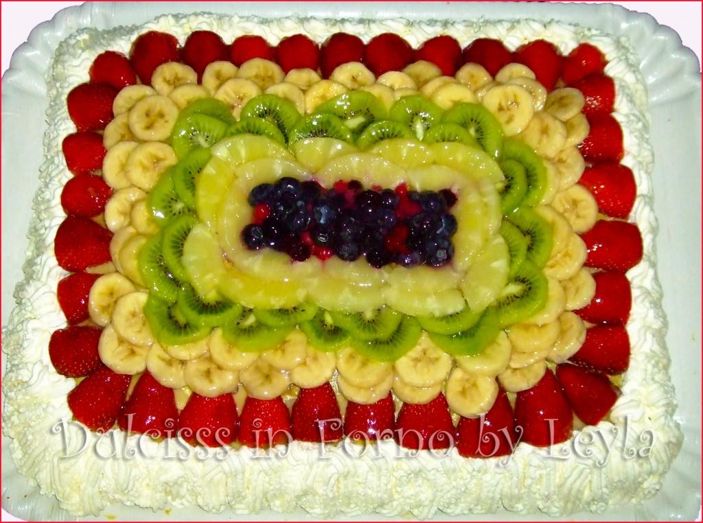 Torta XL di frutta, torta grande con frutta Dulcisss in forno