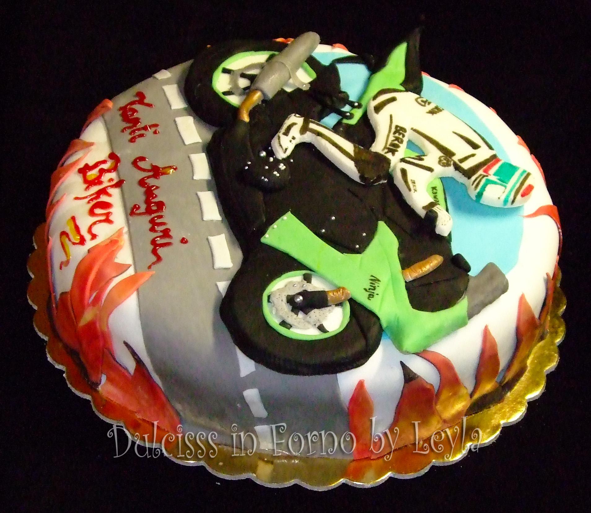 Torta Kawasaki Ninja Decorata In Pasta Di Zucchero Cake