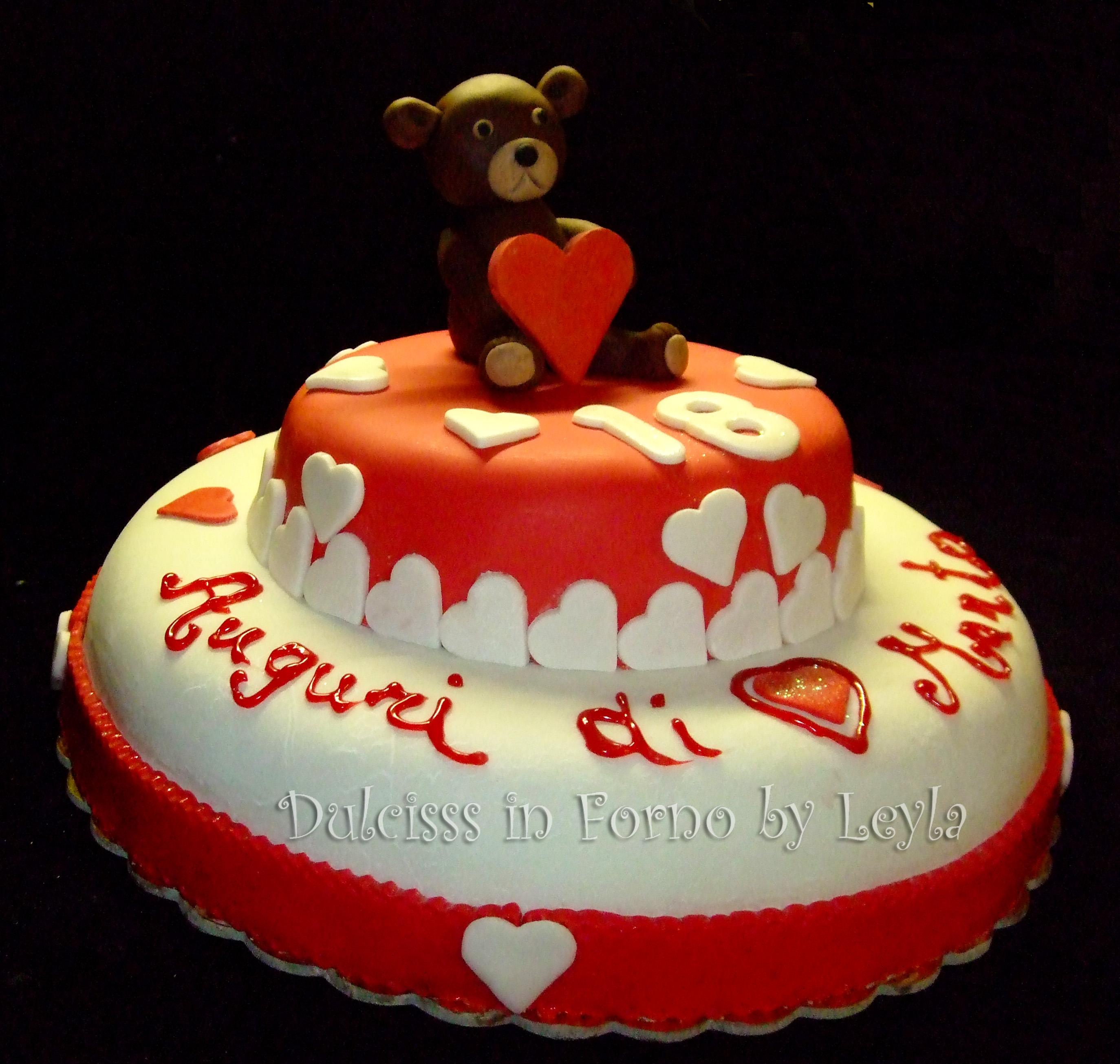Torta decorata orsetto e cuori pasta di zucchero - Forno ventilato per torte ...
