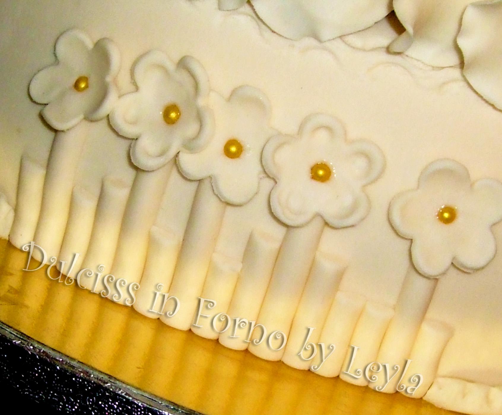 Torta 50 Anni Di Matrimonio A 3 Piani In Stile Wedding Decorata In