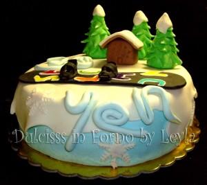 Torta Snowboard, decorata in pasta di zucchero   Dulcisss in forno  