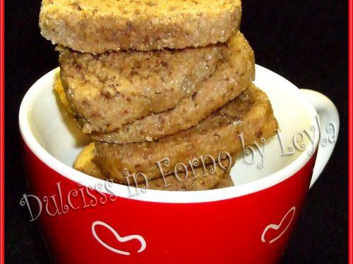 Talleri al cioccolato, mandorle e nocciole, ricetta biscotti di Natale