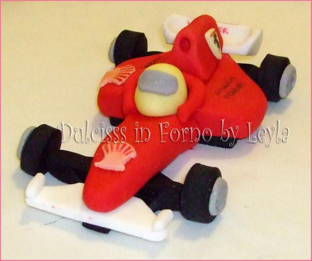 Ferrari F1 in pasta di zucchero, tutorial passo passo | Ferrari Formula 1 | PDZ | Dulcisss in forno