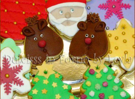 Biscotti decorati di Natale in pasta di zucchero