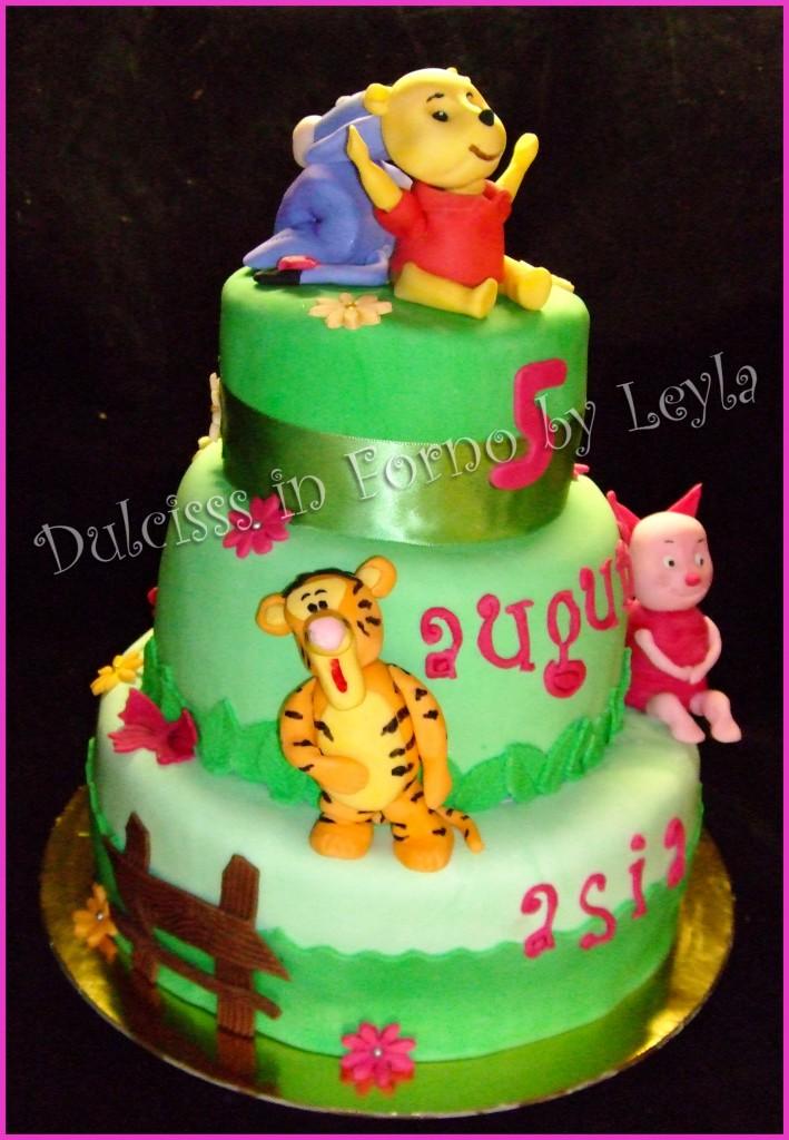 Torta Winnie The Pooh, Tigro, Pimpi e Ih – Oh, decorata in pasta di zucchero PDZ Dulcisss in forno 3D