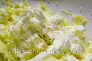 Frosting al cioccolato bianco e mascarpone, ricetta base Dulcisss in forno