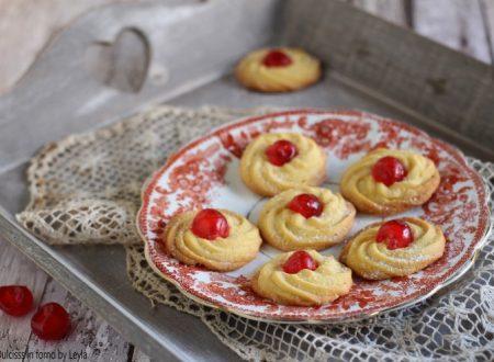 Pasticcini di frolla montata, ricetta biscotti