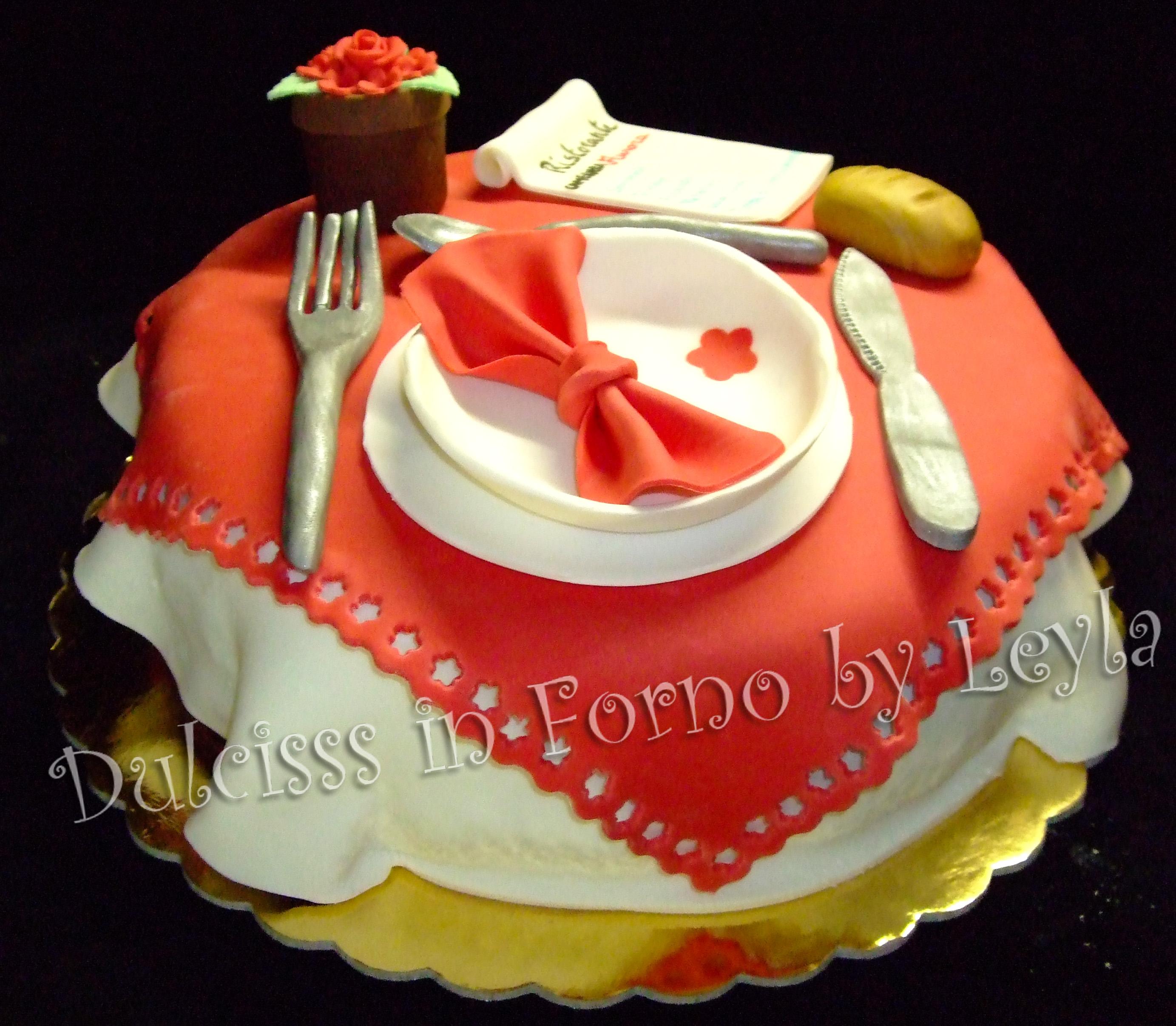 Torta Ristorante O Tavola Apparecchiata In Pasta Di Zucchero